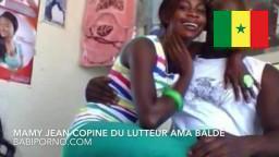 Sextape de Mamy Jean la copine du lutteur Ama Baldé