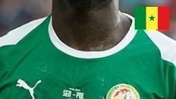 Un Footballeur choisi de faire un don de sang pour ne pas que sa video soit publiée par Kocc Barma