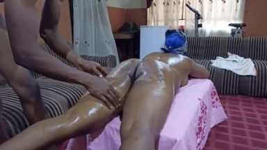 Massage sexuel a l'africaine