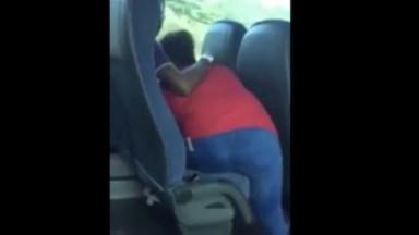 Sucette dans le bus